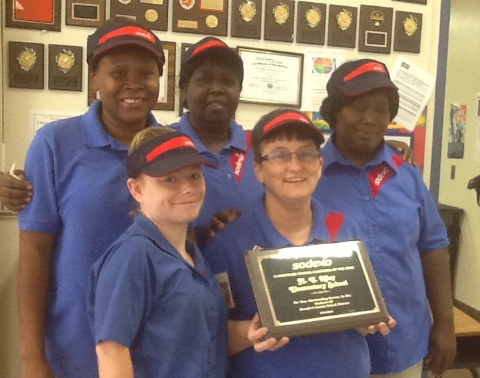 M.C. Riley Elementary Cafeteria Wins Award