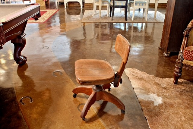 Antique Oak Office Swivel Chair