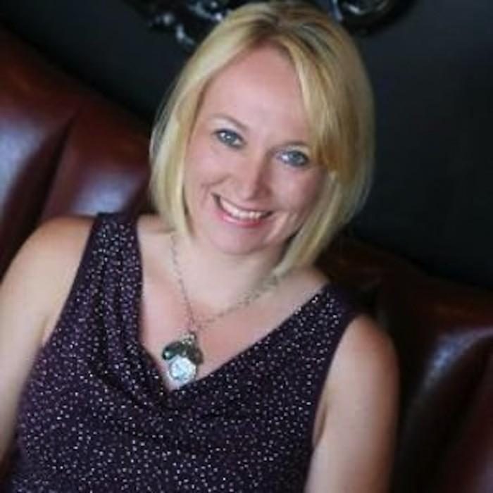 <b>Heidi Russell</b>, Executive Director - c1ba2e86ac492f5a26d561bb8b017335