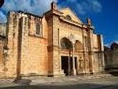 La Iglesia de Santa María la menor