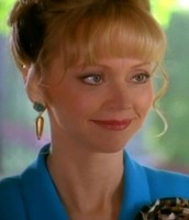 Here is Shelley Long acting