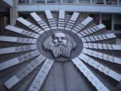 Sculpture of the scientist at the Mendeleev Institution