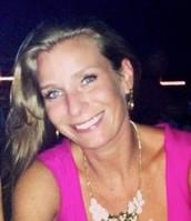 Crystal Lindler, Independent stylist.
