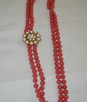 La Coco Bead Necklace Coral w/ removable broach $30