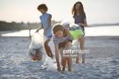 Nettoyer la plage
