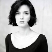 Winona Ryder-Early Onset Depression and Anxiety
