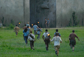 Gladers Run to the Maze