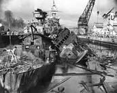 Shipwrecks in Pearl Harbor!