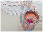 Large locket with Crystals