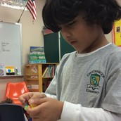 Shaurya mixing the colors on his Coffee Filter!