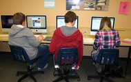 Both Macs and PCs available for student use