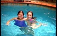 Nadando con Isabella