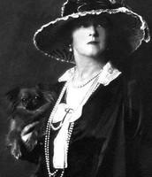 http://commons.wikimedia.org/wiki/File:LadyDuffGordon-1919.jpg