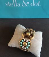 SOLD Becca Bracelet Mint $40