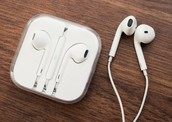 Apple set to ditch headphone jack to make iPhone 7 even thinner?