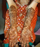 Intricate Traditional Bridal Henna