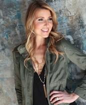 Emily Kuhlman - Star Stylist