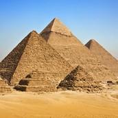 #4 The Great Pyramid of Giza (Giza, Egypt)