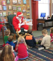 Santa Reads the Night Before Christmas!