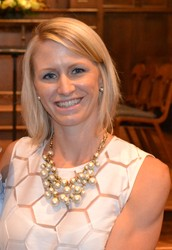 ASHLEY SIGMON, INDEPENDENT ASSOCIATE DIRECTOR WITH STELLA & DOT