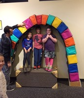 3rd grade travels to Wonderlab