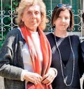 זהבה גלאון מימין (ראש המפלגה), ושולמית אלוני משמאל- מייסדת מרצ