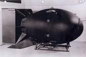 The Manhattan Project/ Atomic Bomb