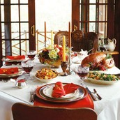 Need ideas for decorating your table this Thanksgiving?