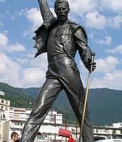 Homenaje a Freddy Mercury en Montreux (Suiza)