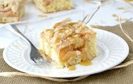 German Sour Cream Apple Crumb Kuchen