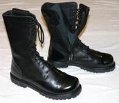 La botas en vende de $80 - $50