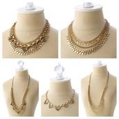 Gold Sutton necklace