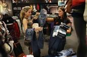 Fashion Sales Representatives
