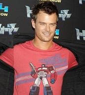 "Josh Duhamel as ""Mr. Gibbs"""