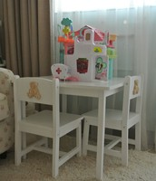 Kidcraft Table & Chairs