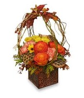Small Basket Arrangement with Roses