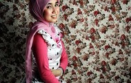 indonesian female clothing