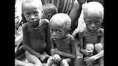 La pobreza en África sigue siendo la más grave del mundo, y concentra la mayor cantidad de pobreza global .