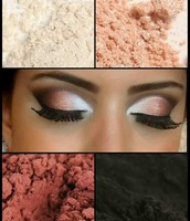 We have several matte and shimmer pigments in a wide range of colors to create your own amazing looks every day.