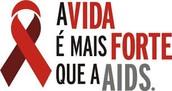 O que é a AIDS ? Como ocorre sua transmissão e como prevenir.