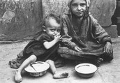 children eating in streets