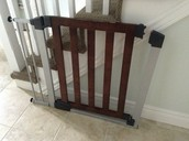Very nice baby gate ! - SOLD !