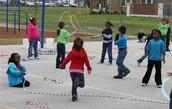 Me gustaba saltar a la cuerda con mis amigas.