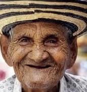 Buenas ropa vieja que harán de su abuelo feliz