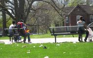 El parque es muy sucio!