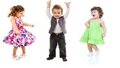 3 toddler's dancing