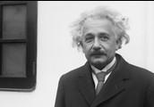 Albert arrives in New York