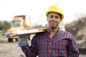 General Contractor Information, annual pay check, and job availability