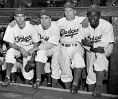 Jackie and his friends on the Broklen Dodger team.