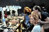 Запуск обучения по макияжу